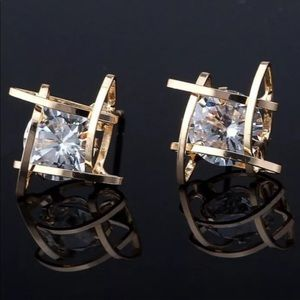 New 18K Gold Round Solitaire Caged  Stud Earnings